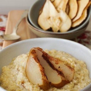 Roasted Cinnamon Pear Oatmeal {AIP}