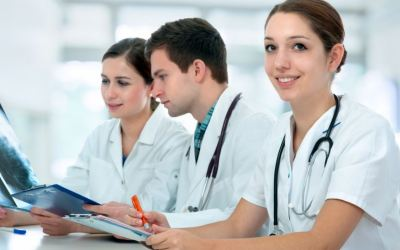 4 Reasons a Nursing Career Might Be The Perfect Path For You