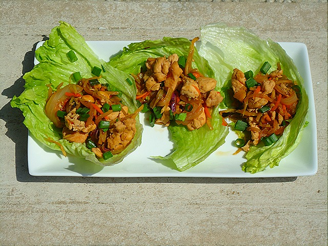 Asian Chicken Lettuce Wraps (1/3)