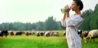 Do-People-Really-Need-to-Drink-Milk