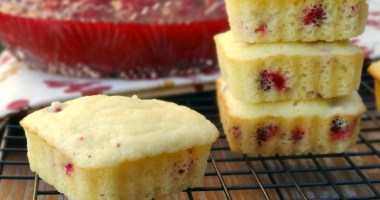 """Healthy Holidays: Cranberry """"Corn Bread"""" Muffins"""