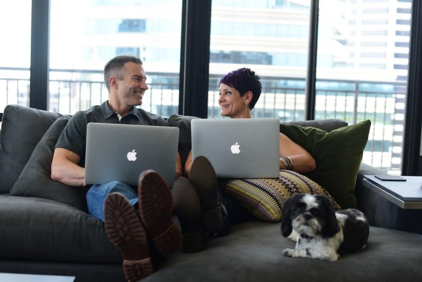Tom Nikkola & Vanessa Romero on Mac | healthylivinghowto.com