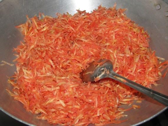 saute grated carrot in ghee