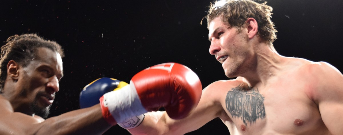 Samuel Horowitz discharged from hospital in time to get KO win