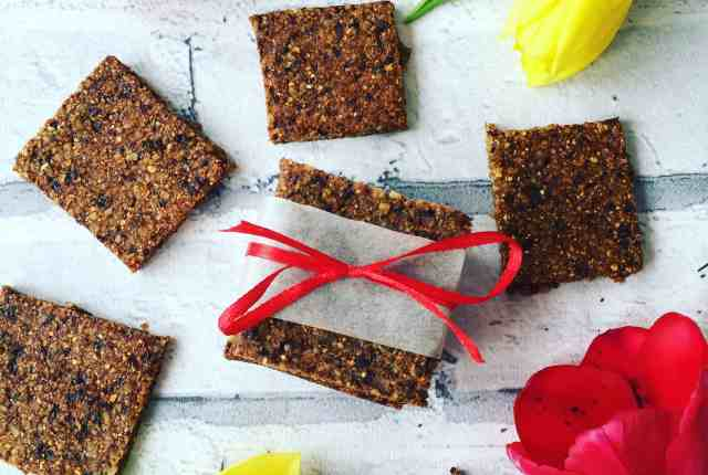 Clean eating energy bars recipe 8