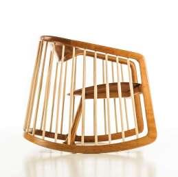 Top 10 modernih gugalnikov, ki so videti odlično v vsakem prostoru: Harper Rocking Chair by Noé Duchaufour-Lawrance for Bernhardt Design