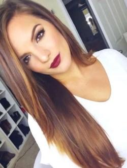 19 deklet, ki navdihujejo s svojimi dolgimi lasmi: Ključ za lepe dolge lase je prava nega.