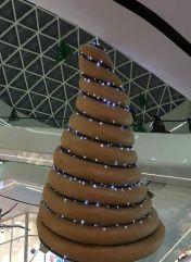 Božično drevo v nakupovalnem centru