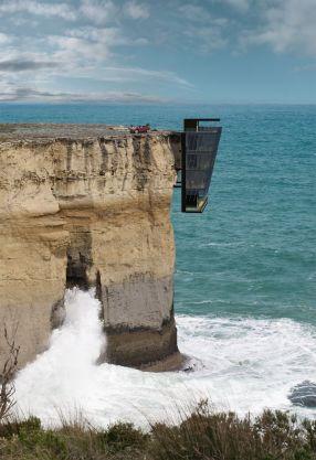 5-nadstropni sanjski dom nad oceanom