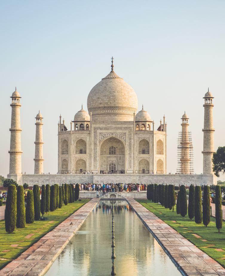 7. Tadž Mahal