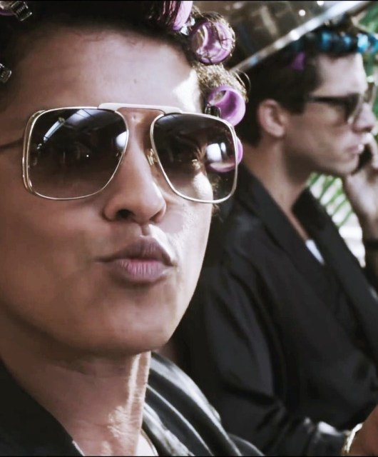 Bruno-Mars-Uptown-Funk-Images
