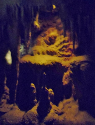 Henry Doorly Zoo & Aquarium Kingdoms of the Night cave