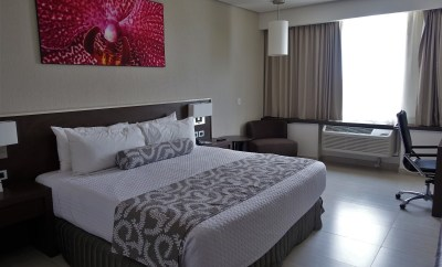 Crowne Plaza Panama Airport Hotel King room