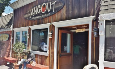 the hangout bar & grill seal beach restaurants front