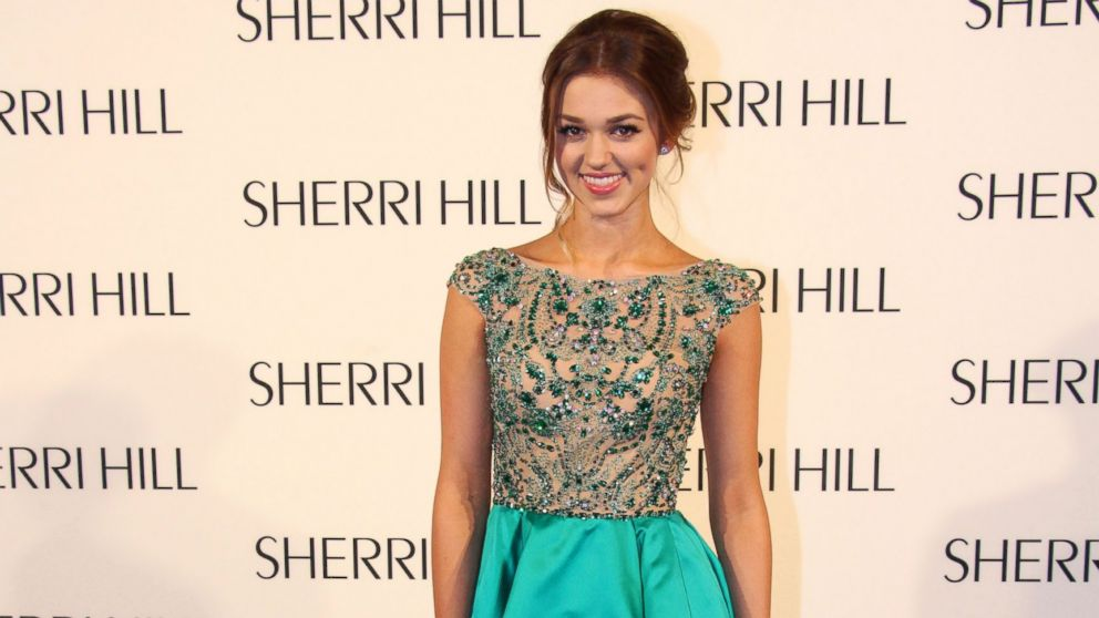 Sadie Robertson's height 5