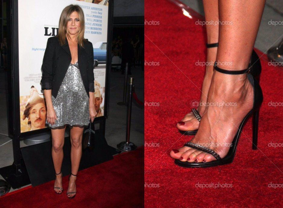 Jennifer Aniston shoe 2