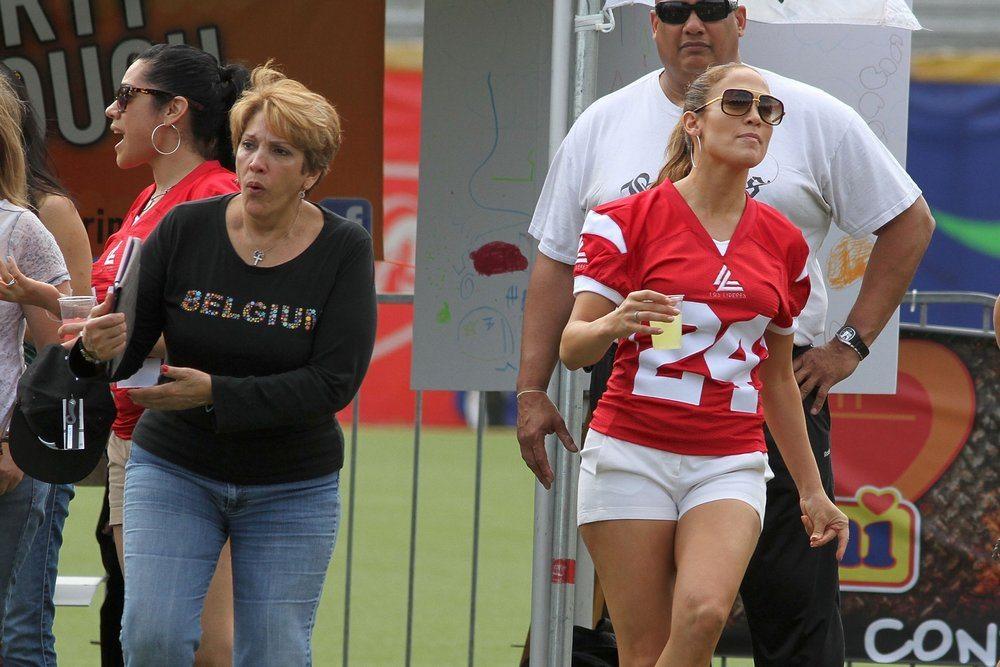 Jennifer Lopez kids mom