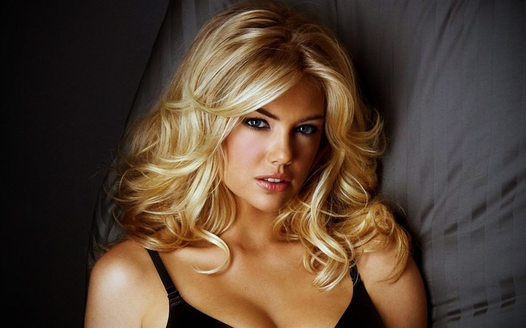 Kate Upton's height 2