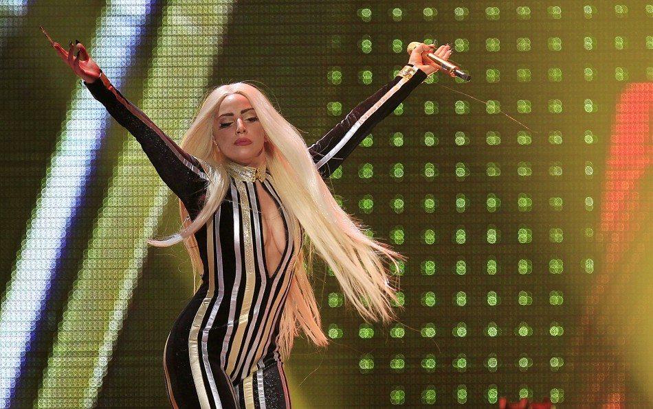 Lady Gaga's height 8