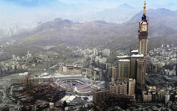الإنفلات العمراني في المساحة المقدسة - ماهيتاب صبحي منتصر