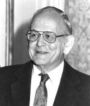 د. غاريت هاردن Garrett Hardin