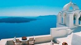 Αρνητικό αντίκτυπο από το Brexit στον ελληνικό τουρισμό και βραχυπρόθεσμα και μακροπρόθεσμα εκτιμά ο ΣΕΤΕ.