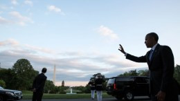 FILE PHOTO: President Barack Obama waves goodbye to departing guests from the South Portico of the White House. (Official White House Photo by Pete Souza)
