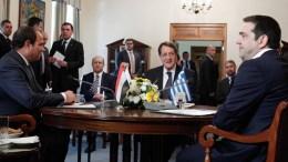 Ο Πρόεδρος Σίσι, ο Πρόεδρος Αναστασιάδης και ο Πρωθυπουργός Τσίπρας. Φωτογραφία ΑΡΧΕΙΟΥ: Κυπριακό Πρακτορείο