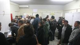 Πολίτες σε ΔΟΥ. ΑΠΕ ΜΠΕ, PIXEL, Σωτήρης Μπαρμπαρούσης