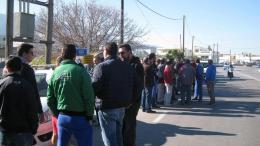 Συνεχίζεται η ένταση στην Κω με κατοίκους που διαμαρτύρονται για την κατασκευή hotspot. Φωτογραφία Έθνος.