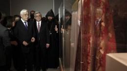 ΦΩΤΟΓΡΑΦΙΑ ΑΡΧΕΙΟΥ; Ο Πρόεδρος της Δημοκρατίας, Προκόπης Παυλόπουλος (2Α) και ο Πρόεδρος της Αρμενίας, Serzh Sargsyan (3Α), παρευρίσκονται στα εγκαίνια της έκθεσης «Αρμενία. Το πνεύμα του Αραράτ, από την εποχή του Χαλκού στον 20ό αιώνα» στο Βυζαντινό Μουσείο, Αθήνα, Καθαρά Δευτέρα 14 Μαρτίου 2016. ΑΠΕ-ΜΠΕ, ΑΛΕΞΑΝΔΡΟΣ ΒΛΑΧΟΣ