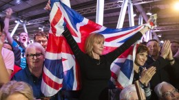 FILE PHOTO: Supporters react as former Mayor of London Boris Johnson speaks during a Vote Leave campaign event in London, Britain, 04 June 2016. Britons will vote on whether to remain in or leave the EU in a referendum on 23 June 2016. EPA, WILL OLIVER