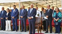 Ο Πρόεδρος της Δημοκρατίας Προκόπης Παυλόπουλος και ο πρώην πρωθυπουργός Αντώνης Σαμαράς παρακολουθούν την τελετή αποκαλυπτηρίων του Μνημείου, το Σάββατο 1 Οκτωβρίου 2016, στην πλατεία του Ιερού Ναού Αναλήψεως στην Καλαμάτα. Ο Πρόεδρος της Δημοκρατίας μετέβη στην Καλαμάτα για να τελέσει τα αποκαλυπτήρια του Μνημείου Μικρασίας και Μικρασιατών και στη συνέχεια επισκέφτηκε τον εκθεσιακό χώρο του Λυκείου Ελληνίδων Καλαμάτας όπου εγκαινίασε τη μόνιμη έκθεση της συλλογής ελληνικών ενδυμασιών «ΒΙΚΤΩΡΙΑ Γ. ΚΑΡΕΛΙΑ». ΑΠΕ-ΜΠΕ, Νικήτας Κώτσιαρης