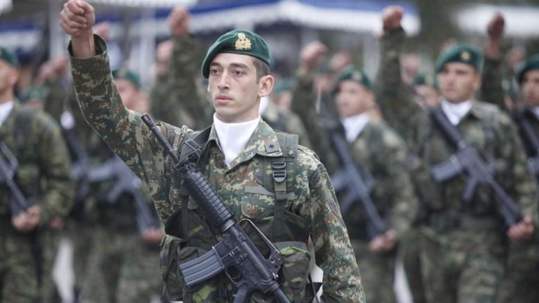 ΦΩΤΟΓΡΑΦΙΑ ΑΡΧΕΙΟΥ. Στιγμιότυπο από στρατιωτική παρέλαση. ΑΠΕ-ΜΠΕ/ ΝΙΚΟΣ ΑΡΒΑΝΙΤΙΔΗΣ