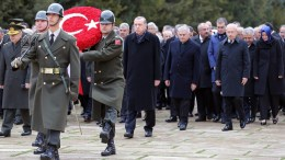 A handout picture provided by Turkish President press office shows Turkish President Recep Tayyip Erdogan (C) visits the Mausoleum of Mustafa Kemal Ataturk, during a ceremony marking the 78th death anniversary of Mustafa Kemal Ataturk at the mausoleum dedidacted to his memory in Ankara, Turkey, 10 November 2016. EPA, TURKISH PRESIDENT PRESS OFFICE