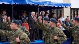 Ο Πρόεδρος της Δημοκρατίας, Προκόπης Παυλόπουλος παρακολούθησε στρατιωτική παρέλαση στην Καστοριά, την Παρασκευή 11 Νοεμβρίου 2016. Ο Πρόεδρος της Δημοκρατίας παρακολούθησε την παρέλαση για την 104η επέτειο από την απελευθέρωση της Καστοριάς από τον τουρκικό ζυγό και αμέσως μετά κατέθεσε στεφάνι στο Ηρώο των Πεσόντων, στην πλατεία των Μακεδονομάχων. ΑΠΕ ΜΠΕ, Δημήτρης Στραβού
