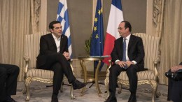 Φωτογραφία που δόθηκε στη δημοσιότητα από το Γραφείο Τύπου του πρωθυπουργού και εικονίζει τον πρωθυπουργό, Αλέξη Τσίπρα, να συνομιλεί με τον Γάλλο Πρόεδρο Φρανσουά Ολάντ, στο περιθώριο της Διάσκεψης για την Προστασία της Πολιτιστικής Κληρονομιάς της UNESCO, στο 'Αμπου Ντάμπι, Σάββατο, 03 Δεκεμβρίου 2016. ΑΠΕ-ΜΠΕ, ΓΡΑΦΕΙΟ ΤΥΠΟΥ ΠΡΩΘΥΠΟΥΡΓΟΥ, drea Bonetti
