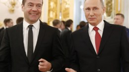 Russian Prime Minister Dmitry Medvedev (L) and Russian President Vladimir Putin (R) walk together after President's annual address to the Federal Assembly at the Kremlin in Moscow, Russia, 01 December 2016. EPA, DMITRY ASTAKHOV, SPUTNIK, GOVERNMENT PRESS SERVICE POOL