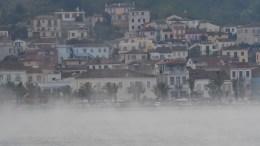 Χιονόπτωση σημειώθηκε στο Ναύπλιο, Σάββατο 7 Ιανουαρίου 2017. Η διαφορά της θερμοκρασίας μεταξύ θάλασσας και αέρα δημιούργησε μια ξεχωριστή εικόνα. ΑΠΕ-ΜΠΕ, ΜΠΟΥΓΙΩΤΗΣ ΕΥΑΓΓΕΛΟΣ