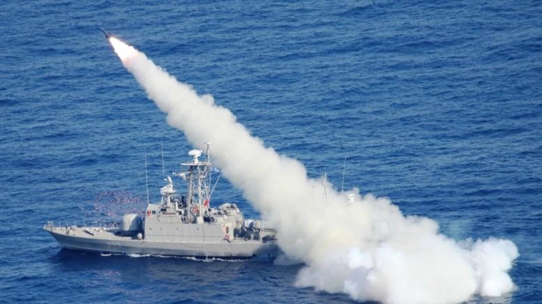 Φωτογραφία αρχείου που εικονίζει εκτέλεση βολών κατευθυνόμενων βλημάτων EXOCET MM-38, από πλοίο του Πολεμικού Ναυτικού. ΑΠΕ- ΜΠΕ/ ΓΡΑΦΕΙΟ ΤΥΠΟΥ ΓΕΝ /STR