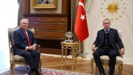 US Secretary of State Rex Tillerson (L) meeting with Turkish President Recep Tayyip Erdogan (R) in Ankara, Turkey. EPA, TURKISH PRESIDENT PRESS OFFICE HANDOUT, EDITORIAL USE ONLY