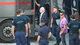 Την αυριανή μέρα αναμένει ο Άκης Τσοχατζόπουλος για την απόφυλάκισή του, καθώς ούτε σήμερα πέρασε την πύλη εξόδου των φυλακών. ΑΠΕ-ΜΠΕ/Παντελής Σαίτας