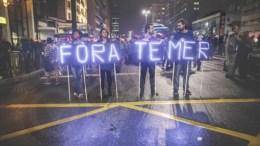Φωτογραφία Αρχείου  Demonstrators protest against the Government.  EPA/FERNANDO BIZERRA JR.