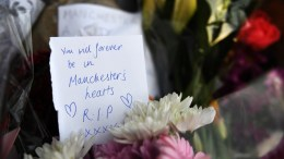 Tributes at a vigil for the people who lost their lives during the Manchester terror attack in central Manchester, Britain, 23 May 2017. Britain is on high alert following the Manchester terror attack on the Manchester Arena late 22 May, that saw 22 people lose their lives with scores of people injured. EPA, ANDY RAIN