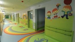 Ανακαινισμένοι χώροι των νοσοκομείων.