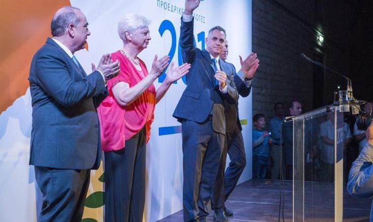 Η πρόεδρος του Κινήματος Αλληλεγγύης, Ελένη Θεοχάρους, ο πρόεδρος του ΔΗΚΟ, Νικόλας Παπαδόπουλος και ο πρόεδρος της ΕΔΕΚ, Μαρίνος Σιζόπουλος. Φωτογραφία: ΚΥΠΕ.