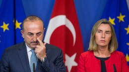 Turkey's Foreign Minister Mevlut Cavusoglu (L) and EU High Representative for Foreign Affairs and Security Policy, Federica Mogherini (R)  EPA, STEPHANIE LECOCQ