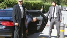 Ο υπουργός Εξωτερικών της Τουρκίας φτάνει στη Διάσκεψη για το Κυπριακό. Η φωτογραφία της ΚΑΤΙΑΣ ΧΡΙΣΤΟΔΟΥΛΟΥ ομιλεί από μόνη της...