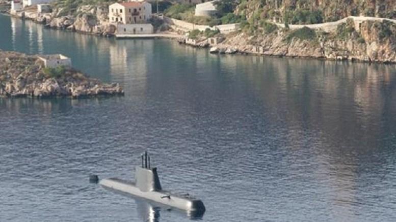 Η φωτογραφία ελήφθη το 2016 όταν βρέθηκε στο Καστελόριζο για λίγες ώρες το υποβρύχιο του Πολεμικού Ναυτικού «Ματρώζος». Φωτογραφία ΠΟΛΕΜΙΚΟ ΝΑΥΤΙΚΟ