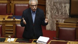 FILE PHOTO: Ο υπουργός Παιδείας, Έρευνας και Θρησκευμάτων Κωνσταντίνος Γαβρόγλου μιλάει στην Ολομέλεια, της Βουλής. ΑΠΕ-ΜΠΕ, ΑΛΕΞΑΝΔΡΟΣ ΒΛΑΧΟΣ